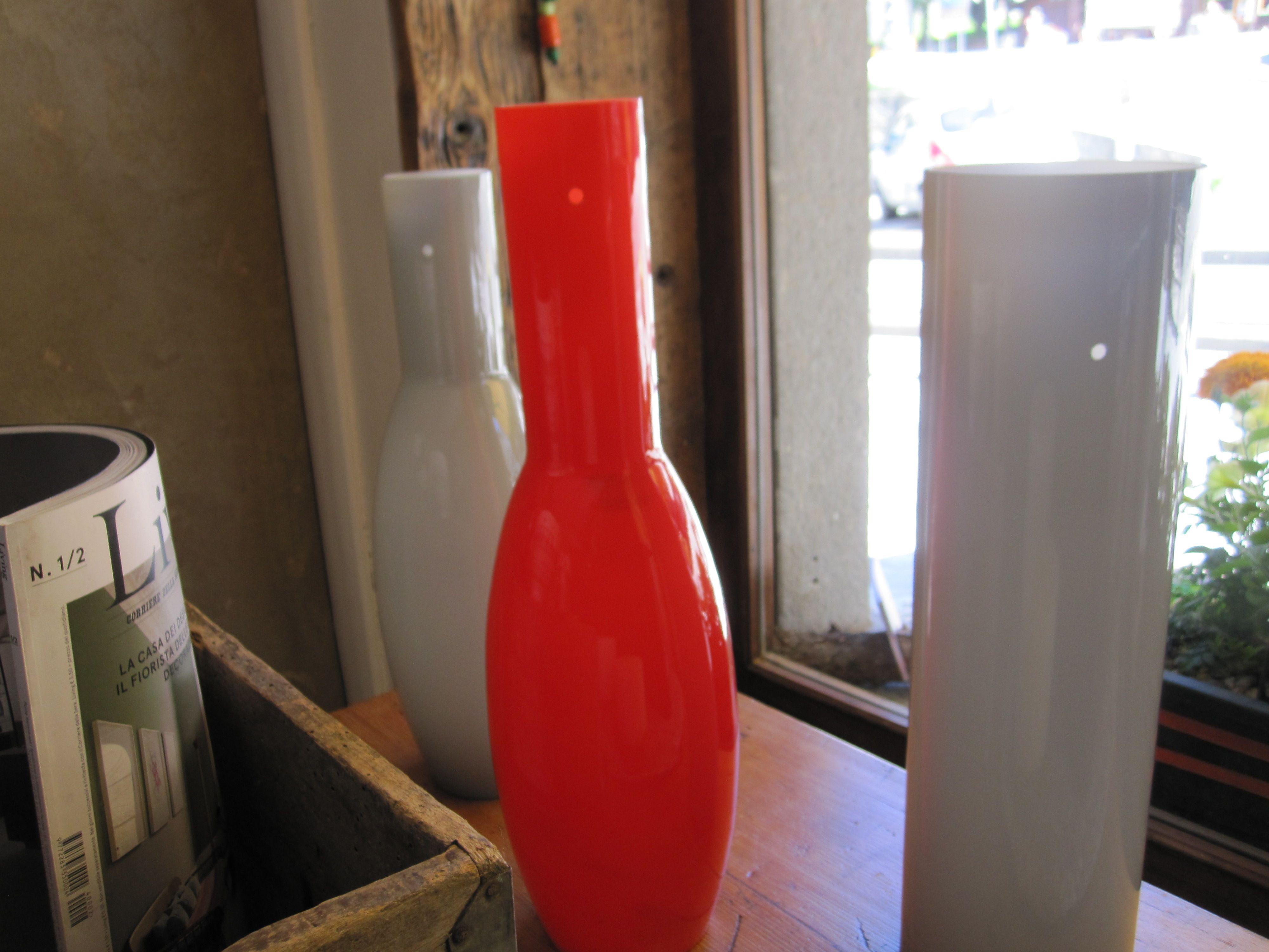 """lampade in vetro colorato..1960....abbinabili a 2-3-5 elementi o singole...soluzioni ideate da Christine Pennemann in vendita presso """" Spazio Christine Pennemann"""" Courmayeur"""