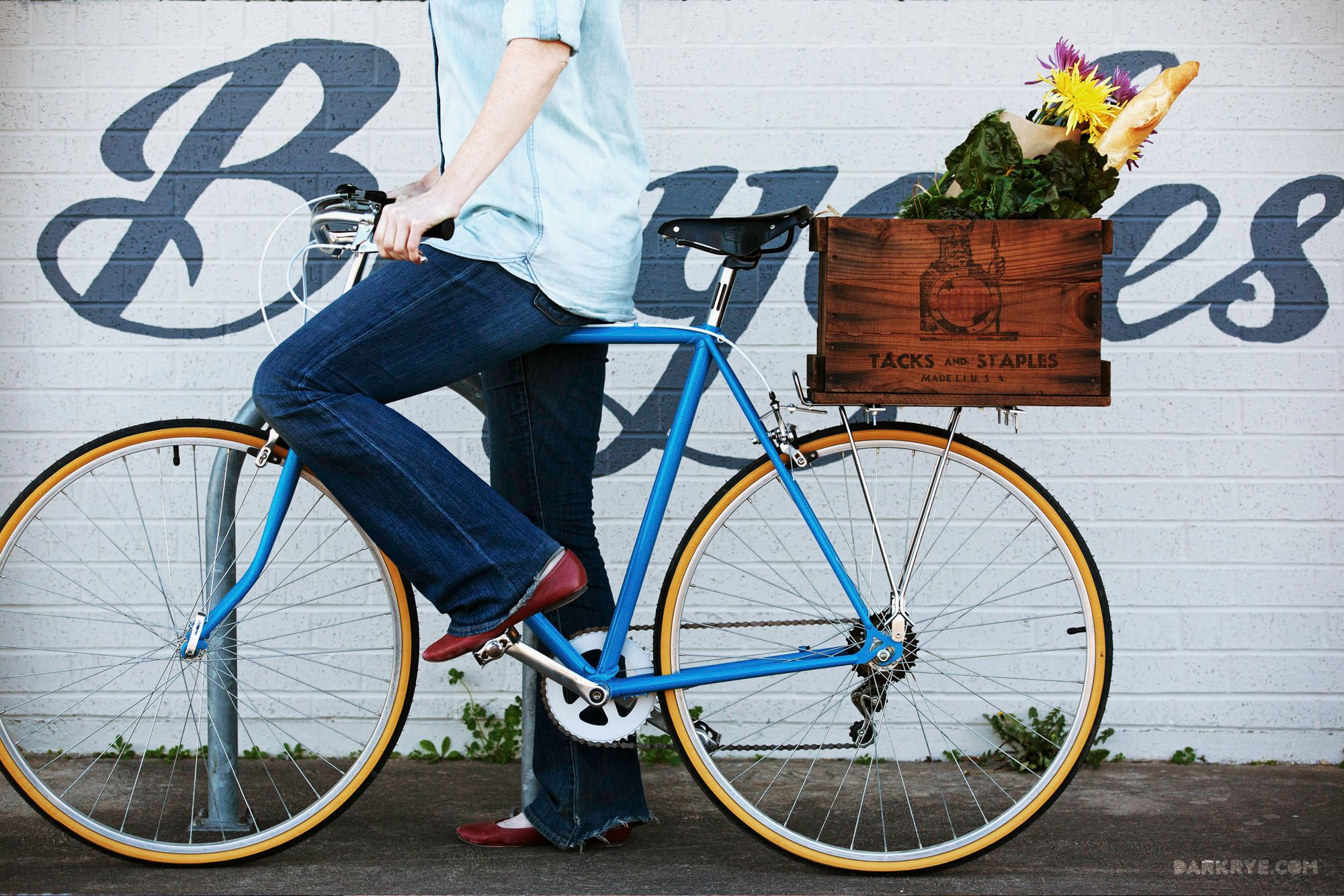 Cyclist Chic Turn A Wooden Crate Into A Cool Cargo Box Crates