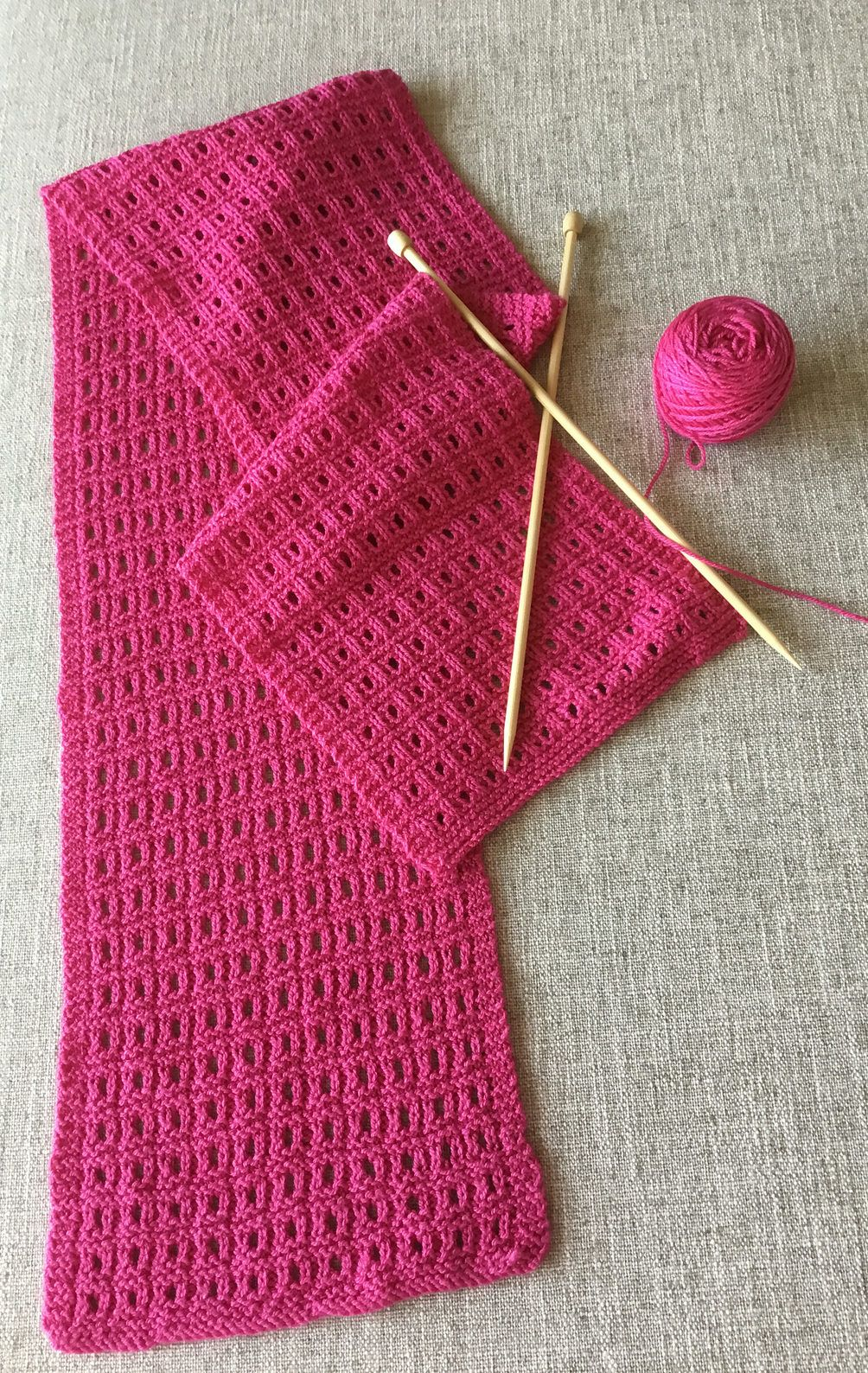 Free knitting pattern for easy reversible sheesha scarf this free knitting pattern for easy reversible sheesha scarf this scarf combines lace and texture in a simple grid like pattern with a six row repeat worked bankloansurffo Gallery