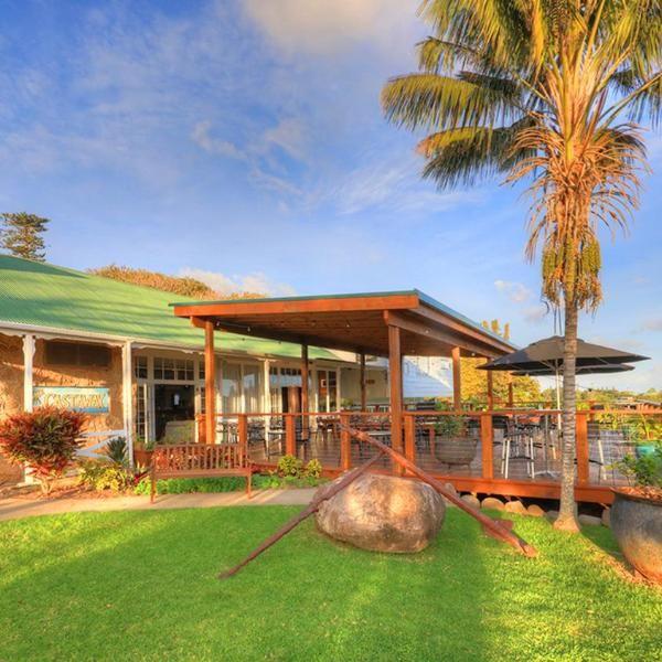 Castaway Norfolk Island Offering A Breakfast Cafe And Bar