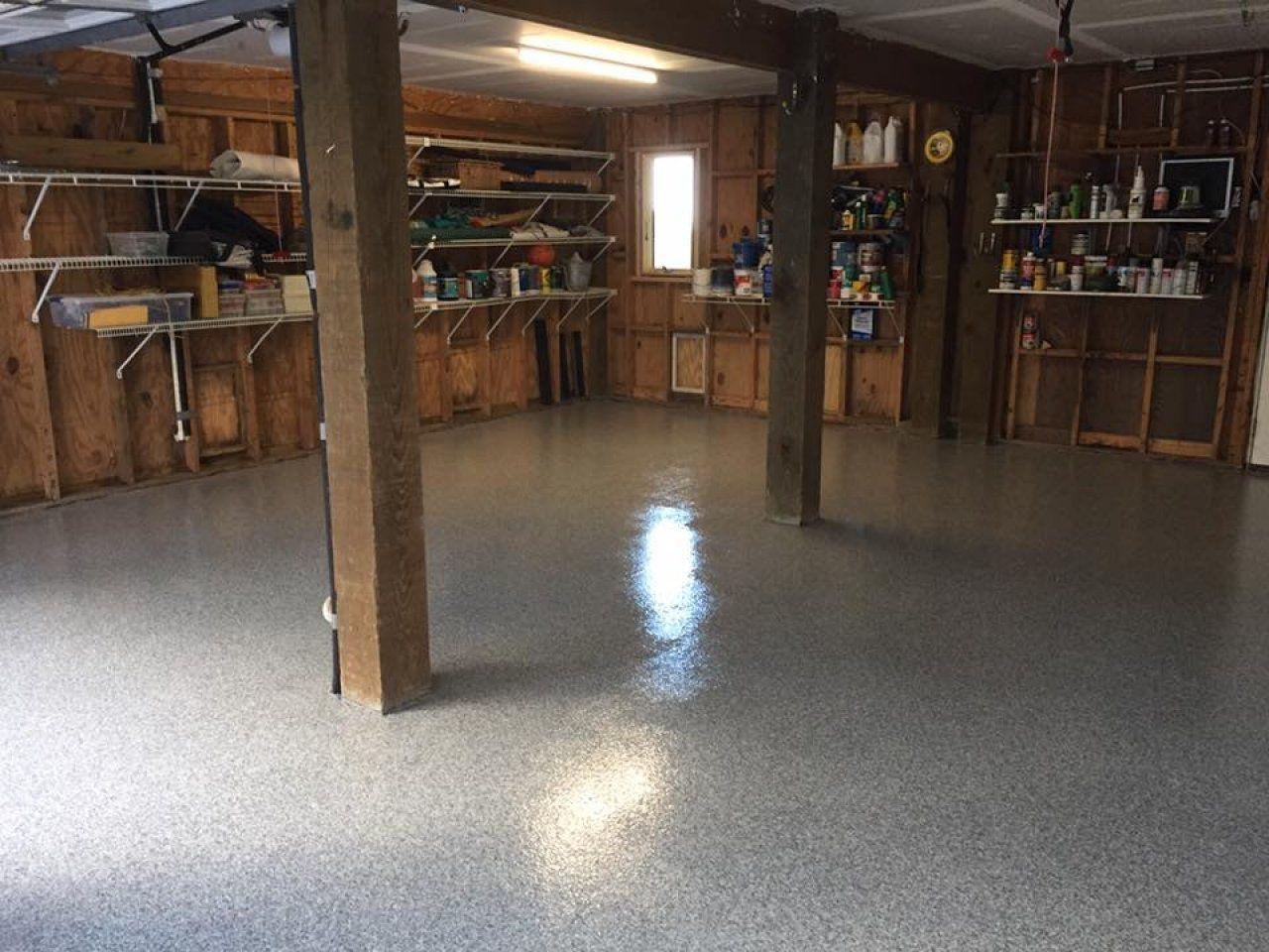 Epoxy Flake Garage in Wilmington, North Carolina.