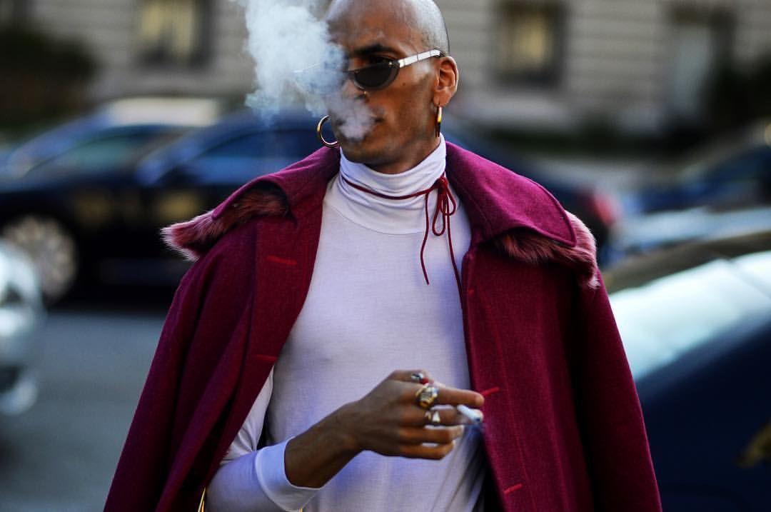 @iampatrickmason shot in front of @chanelofficial wearing @lestudiopierre ⋅ Now live on www.ssandeparis.tumblr.com ⋅ #ssande by #AntoineDeAlmeida #Paris #Women #ReadyToWear #RTW #SS17 #FashionWeek #PFW #ParisFashionWeek #France #French #Street #Style...