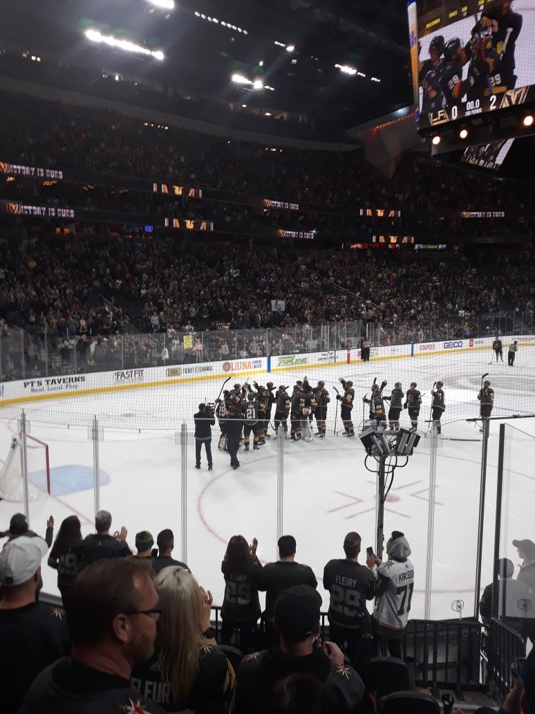 Pin By Tina Liaos On Vegas Golden Knights Vegas Golden Knights Golden Knights Concert