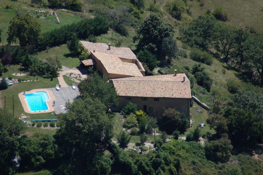 Entrepierres Gites De Charme Haute Provence Maison D Hotes