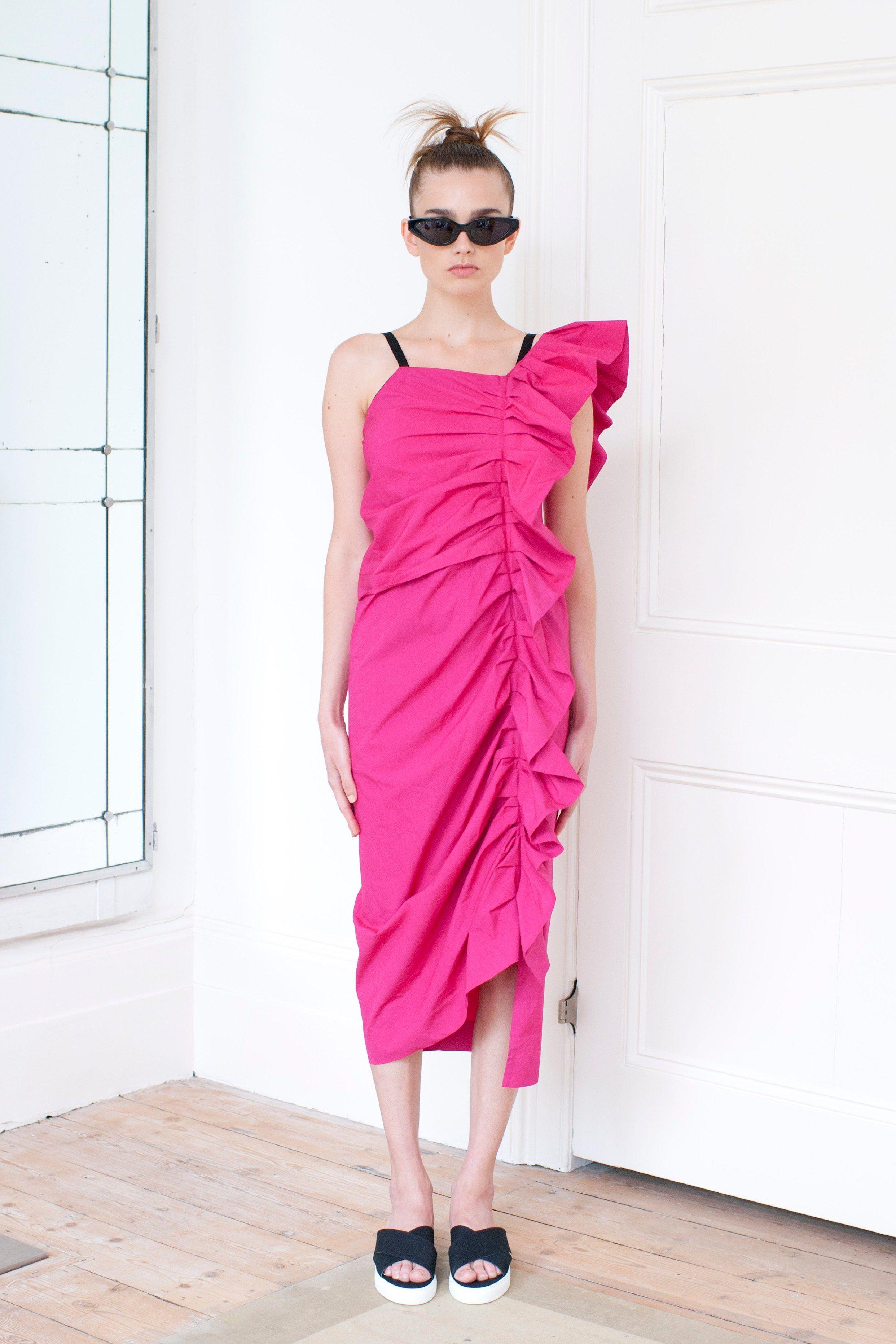 Isa Arfen Spring 2016 Ready-to-Wear Collection Photos - Vogue