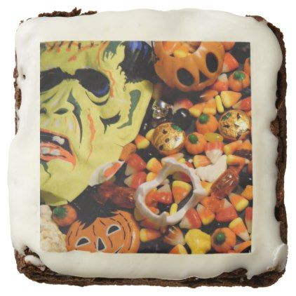 Frankenstein mask and candy brownie - #halloween #brownies #sweets - halloween office ideas