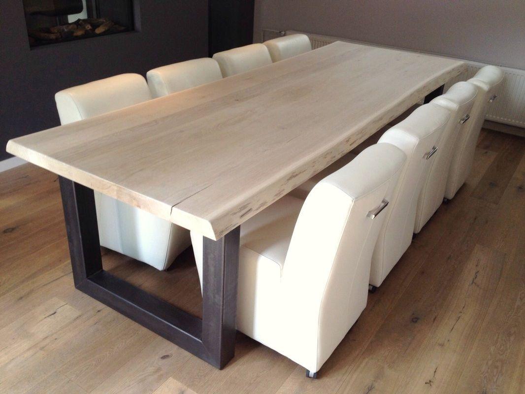Boomstam tafel op maat stoer eiken en robuust stalen of houten
