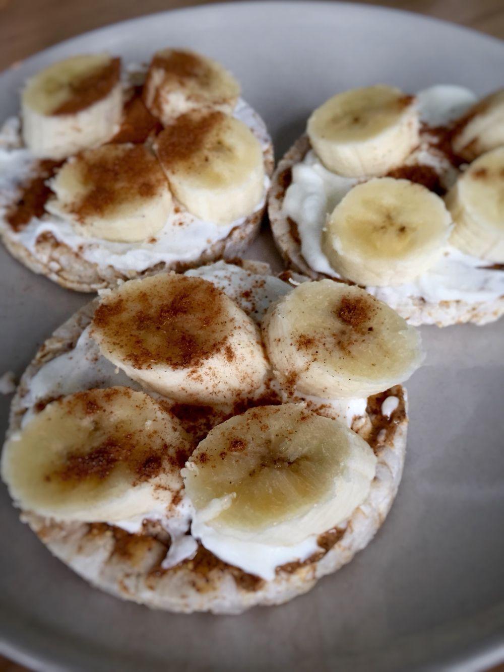 Breakfast kallo rice cakes almond butter ripe banana