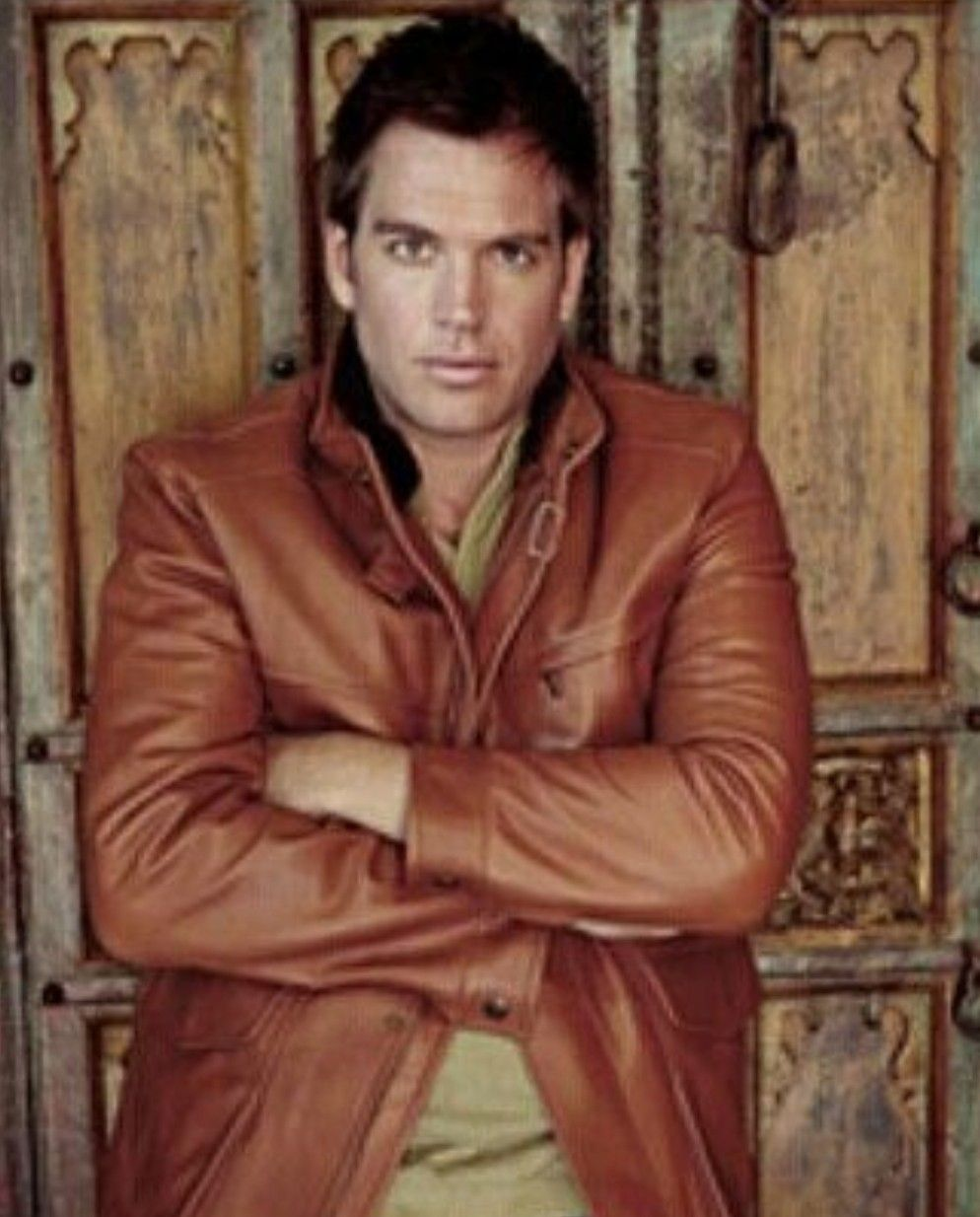 Pin By Susan Farmer On Ah Michael Weatherly I Love My Dinozzo Michael Weatherly Weatherly Tony [ 1234 x 994 Pixel ]