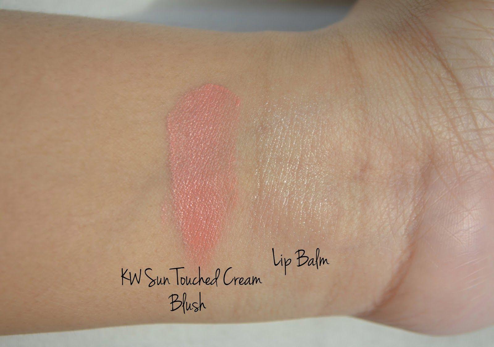 Cream Blush by cle de peau #9