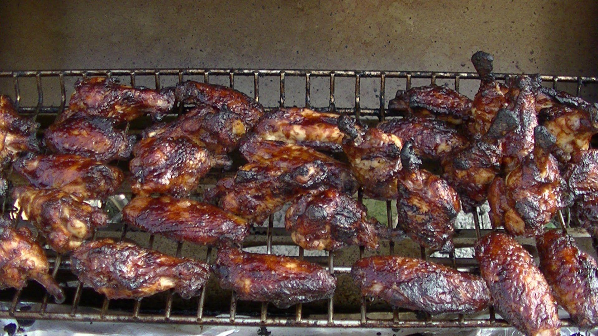 Pulled Pork Vom Gasgrill Klaus Grillt : Cherry coke chicken wings hühnerflügel mit leckerer marinade