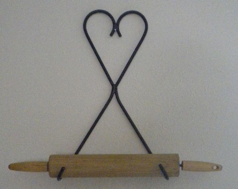 Vintage Wire Metal Heart Design Wall Mount Rolling Pin Holder Rack Rolling Pin Holder Wall Design Metal Heart