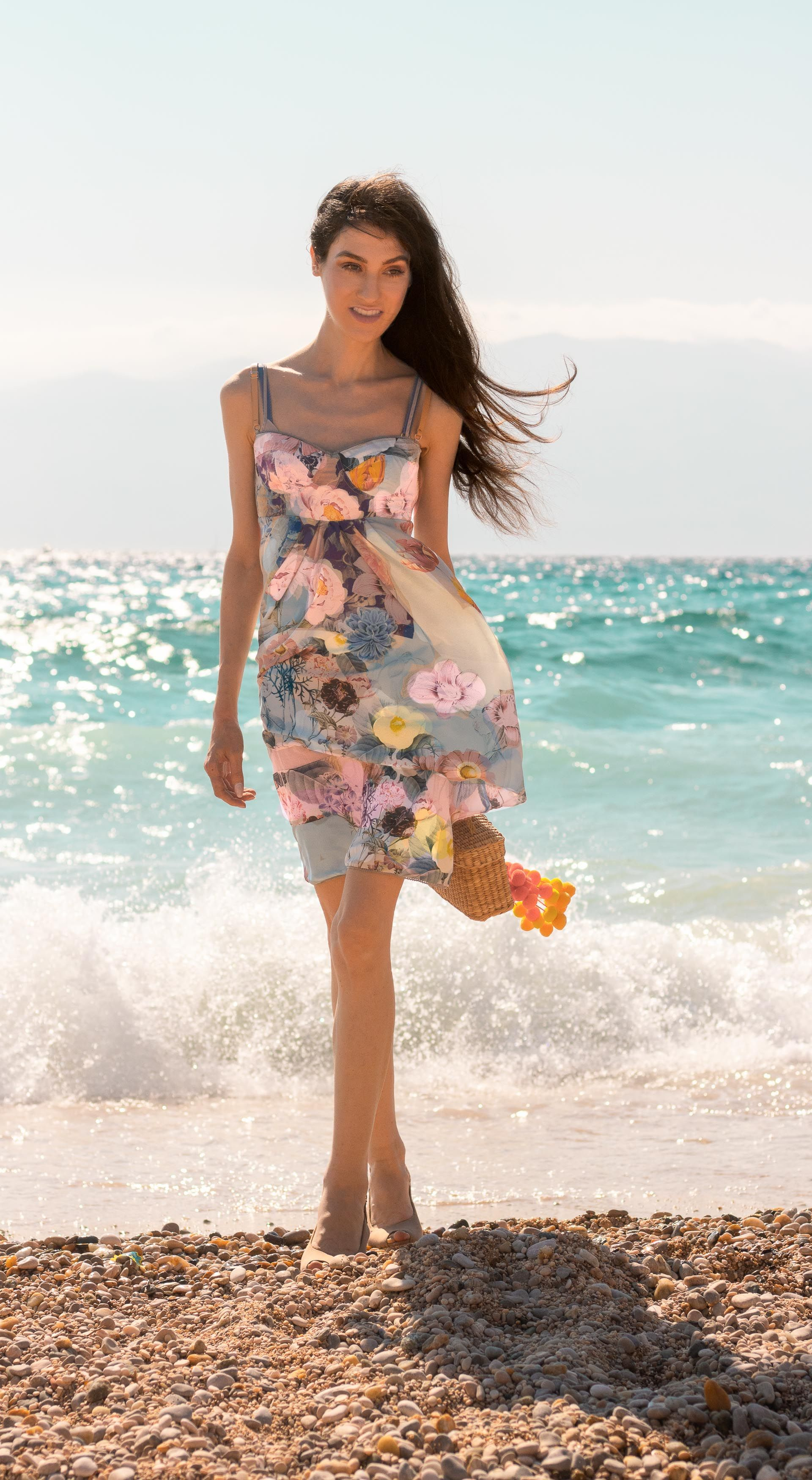 This Is One Of The Most Beautiful Wedding Guest Dresses Here Is How To Wear It For A Beach Wedding Wedding Guest Dress Wedding Attire Guest Beach Wedding Guest Attire [ 3500 x 1920 Pixel ]