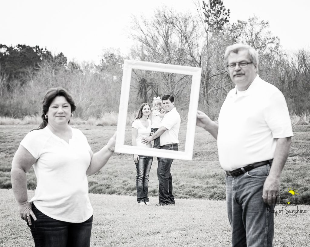 Ray of Sunshine Photography; family; frame