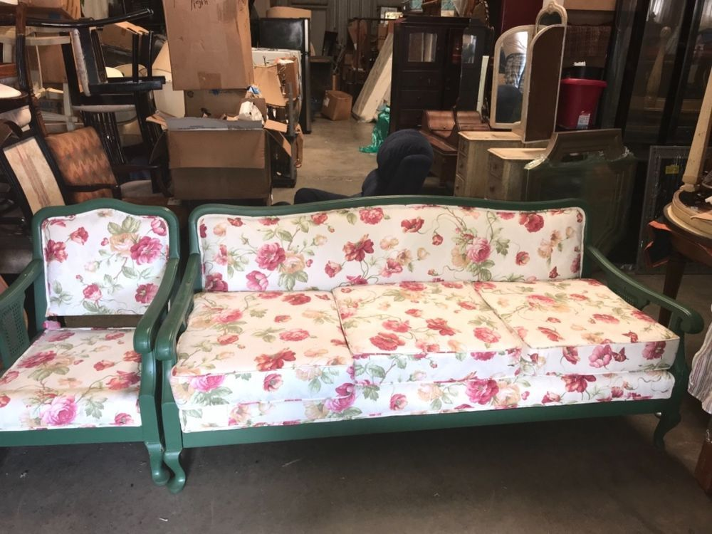 Like New Sofa S In Excellent Shape