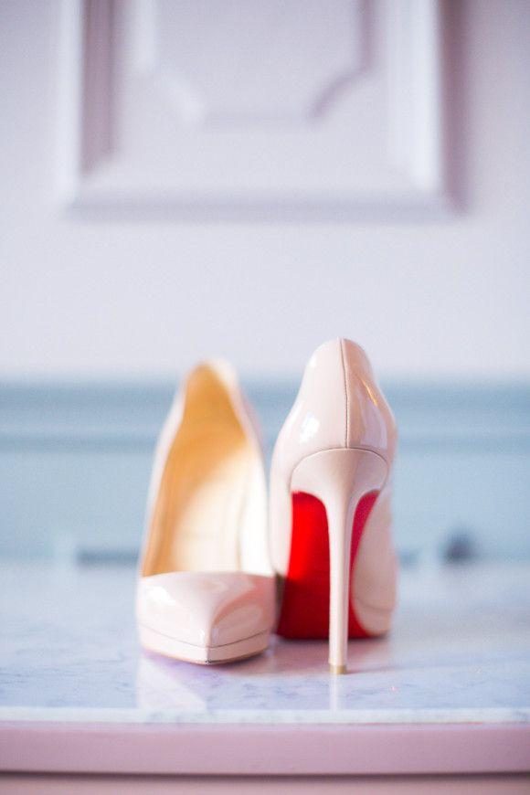 Clic Destination Real Wedding In Paris Sparrow Le Secret D Audrey Red High Heels