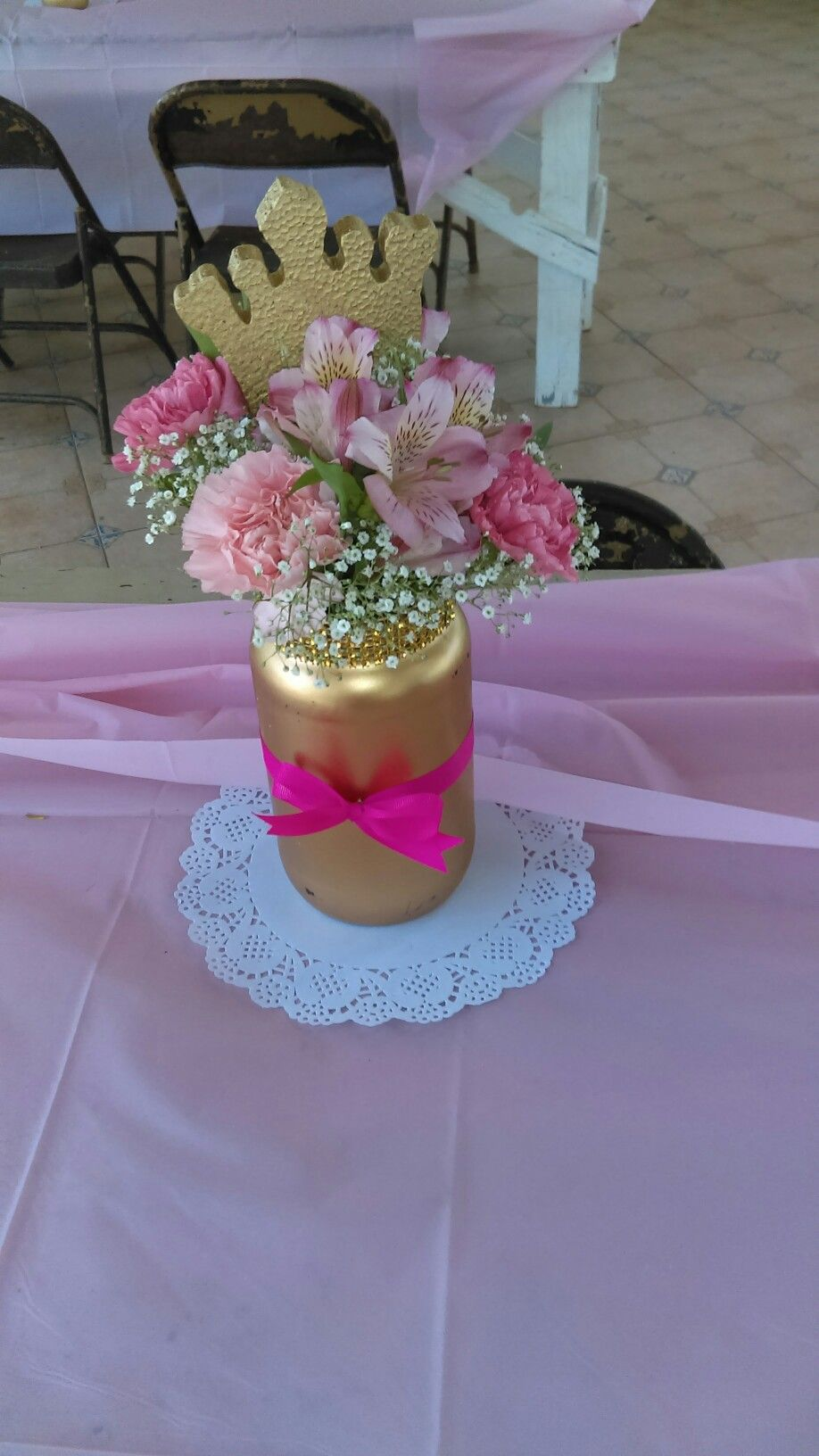 Decoraciones in 2019  Party Ideas o  Fiesta de princesas Centro de mesa unicornio Centros de mesa princesas