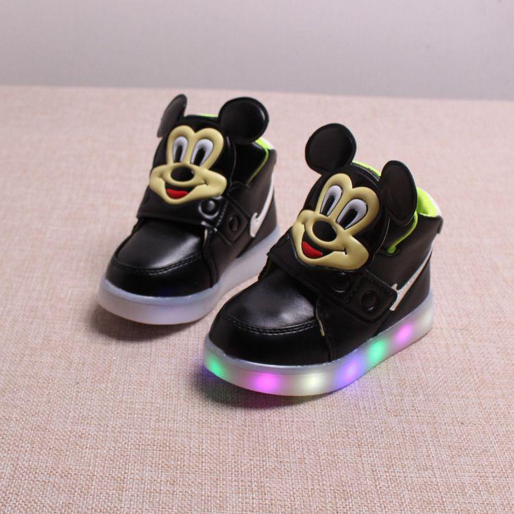 Nowe Buty Dla Dzieci Flash LED Świecące Buty Dla Dzieci Dla Dzieci i Dzieci  Buty fd59b0182513