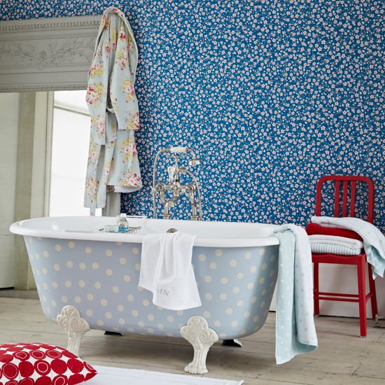 Blue floral and polka dot bathroom | Bathroom decorating | Country Homes & Interiors | Housetohome.co.uk