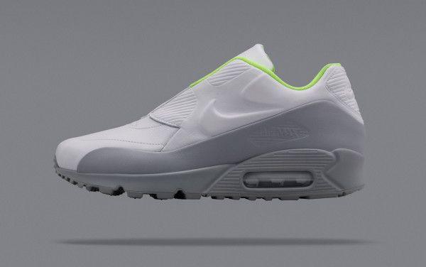Nike Lab X Sacai Air Max 90 Volt / Obsidian / Volt