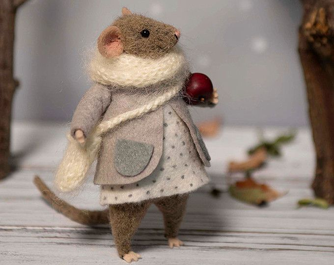 Needle Felted mouse , Woolen mouse , Christmas mouse , Christmas twig , Christmas Decoration , Art Doll , Waldorf animal , Eco-friendly #feltcreations