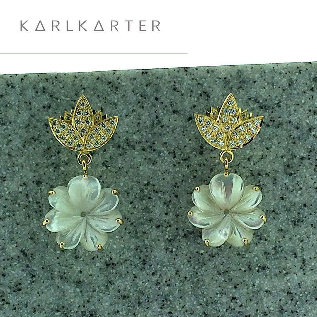 Bespoke lotus earring we made for a greek goddess for her wedding bespoke lotus earring we made for a greek goddess for her wedding lotus izmirmasajfo