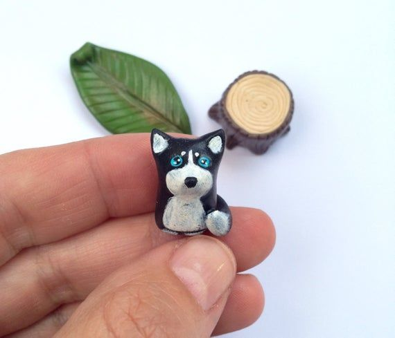 Siberian Husky Miniature Figurine, Huski Figurine, Dog Totem, Wolf Woodland Handmade Figure, Polymer #miniaturehusky Siberian Husky Miniature Figurine, Huski Figurine, Dog Totem, Wolf Woodland Handmade Figure, Polymer #miniaturehusky