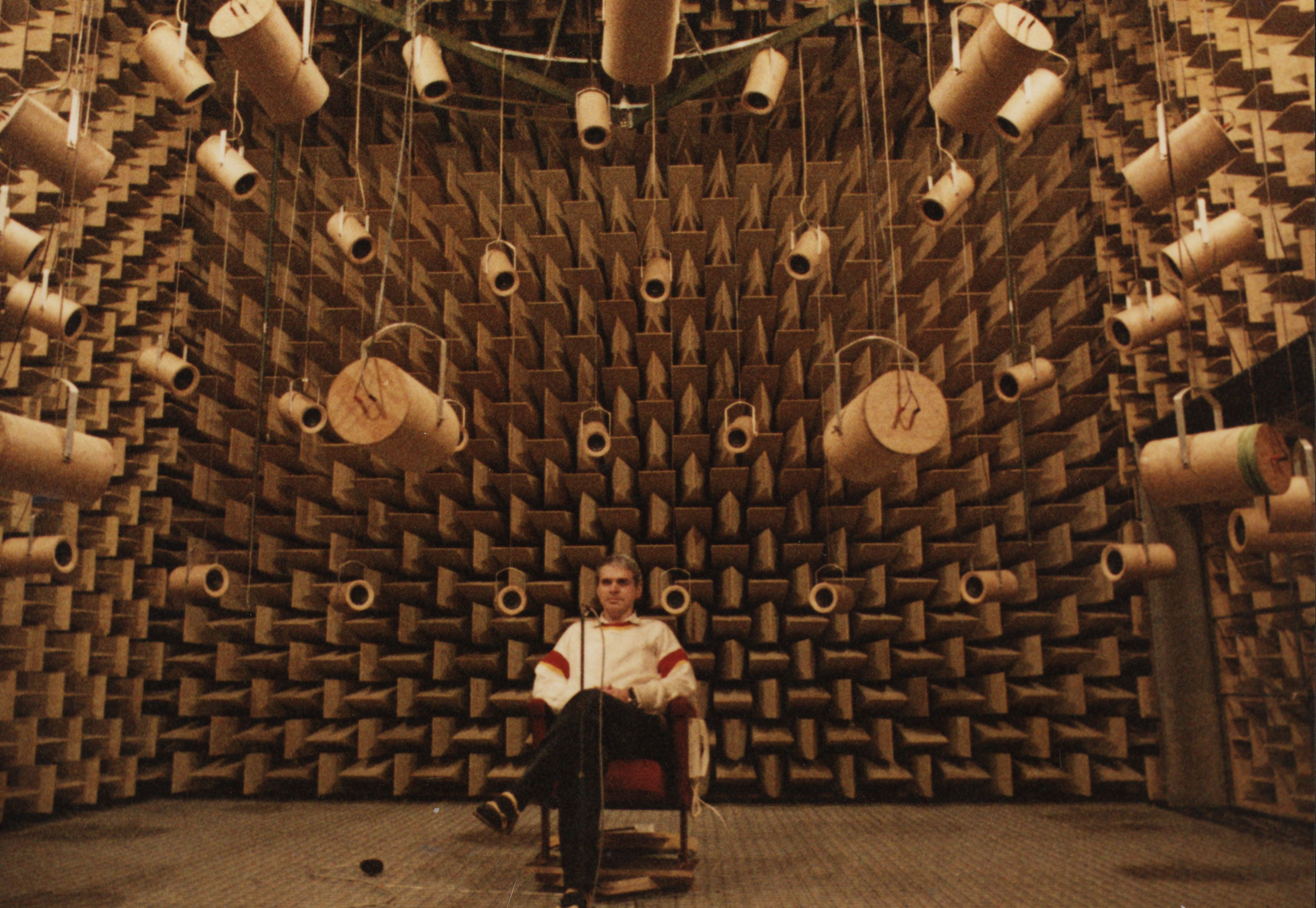 anechoic chamber architecture: Ultimate surround sound system ...