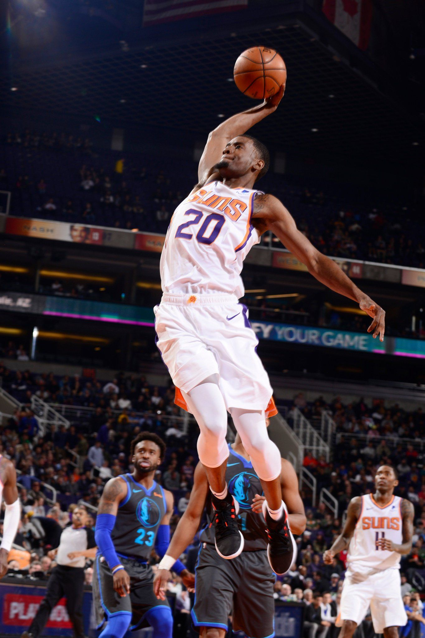 Nba On Twitter Tj Warren Leads All Scorers With 30 Pts As The In 2020 Nba Basketball Teams Nba Sports Basketball