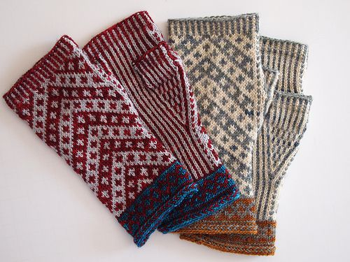 Vagabond Fingerless Mitts pattern by Misa Erder | Colors, Ravelry ...