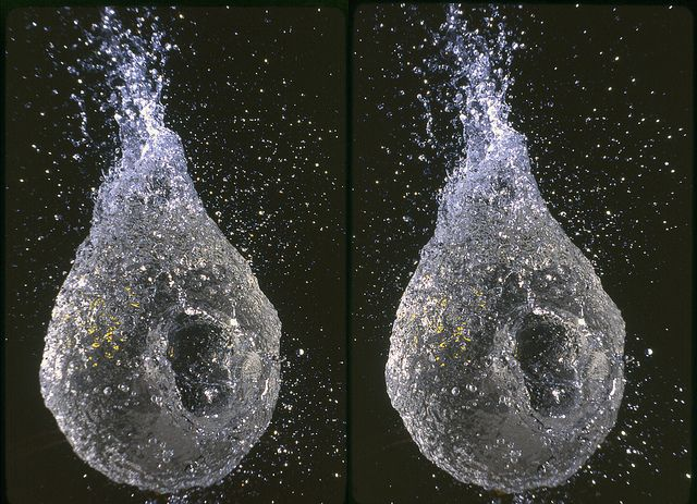 Water Balloon #2 (3D Cross-View) | Magic eye pictures, Illusion pictures,  Eye illusions