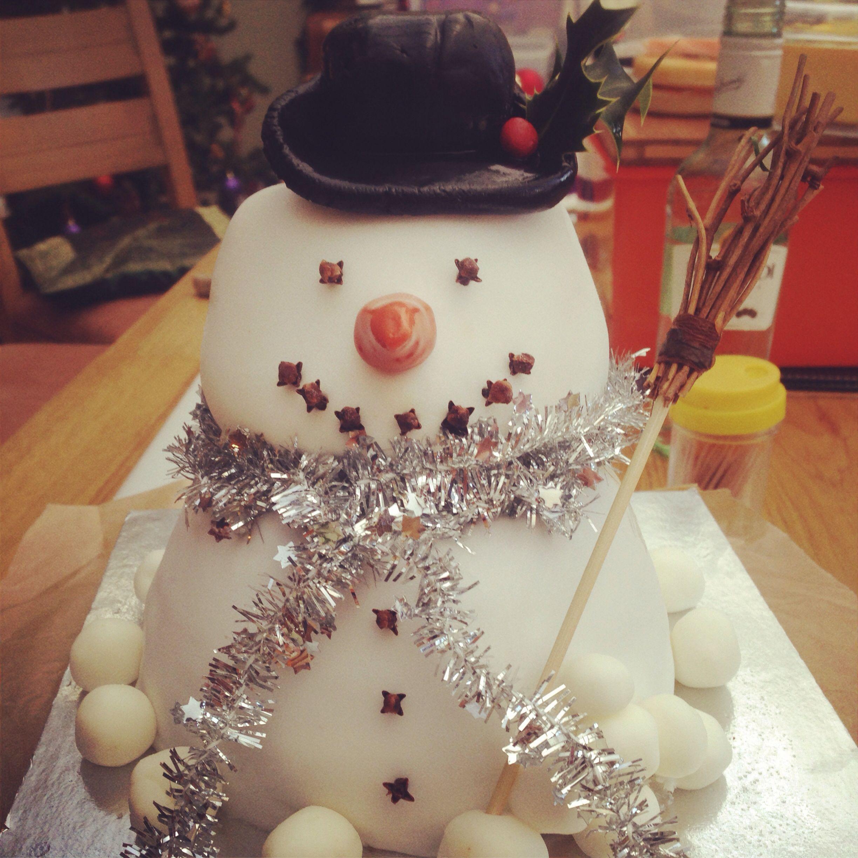 Homemade christmas snowman fruit cake | Fruit cake ...