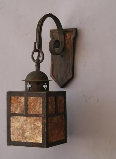 1920 S Outdoor Lighting