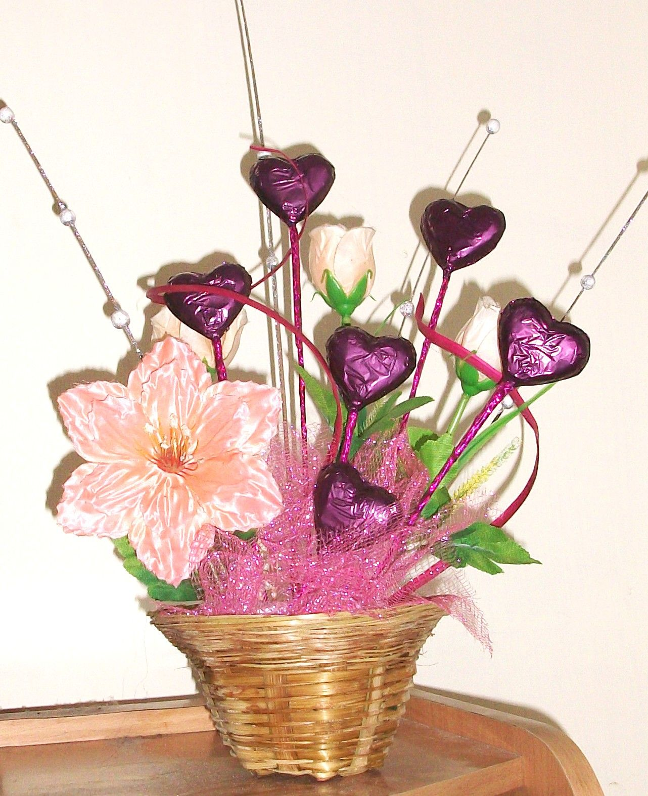 Chocolate bouquet on pinterest candy flowers bouquet of chocolate - Explore Ideas Para Bouquets And More