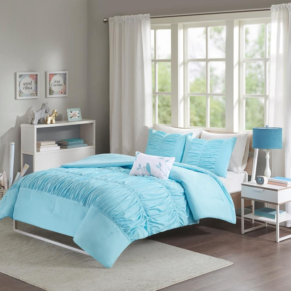 Mi Zone Tatiana 4 Piece Aqua King Cal King Solid Comforter Set