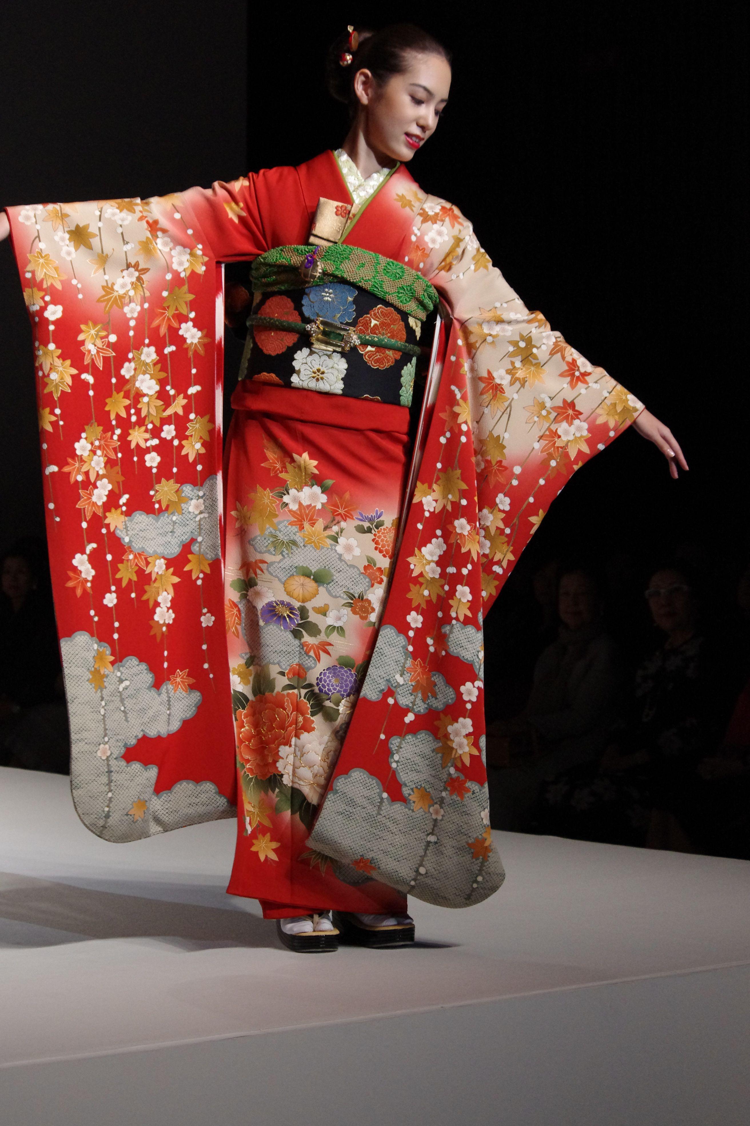 Yukiko Hanai Spring Summer Collection 2012 Part 1 The Traditional Kimono | Kimono Chic ...