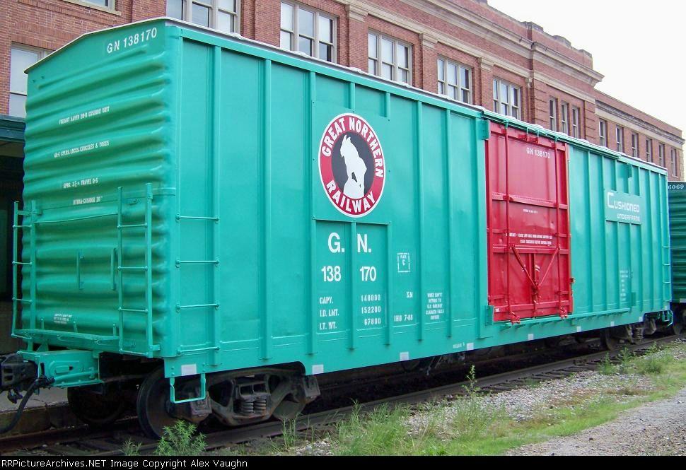 50 ft  Plug door boxcar | Pre-Burlington Northern in 2019 | Rolling