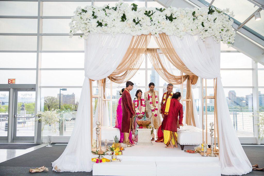 Ceremony decor / Indian Wedding / Summer Wedding / Adler