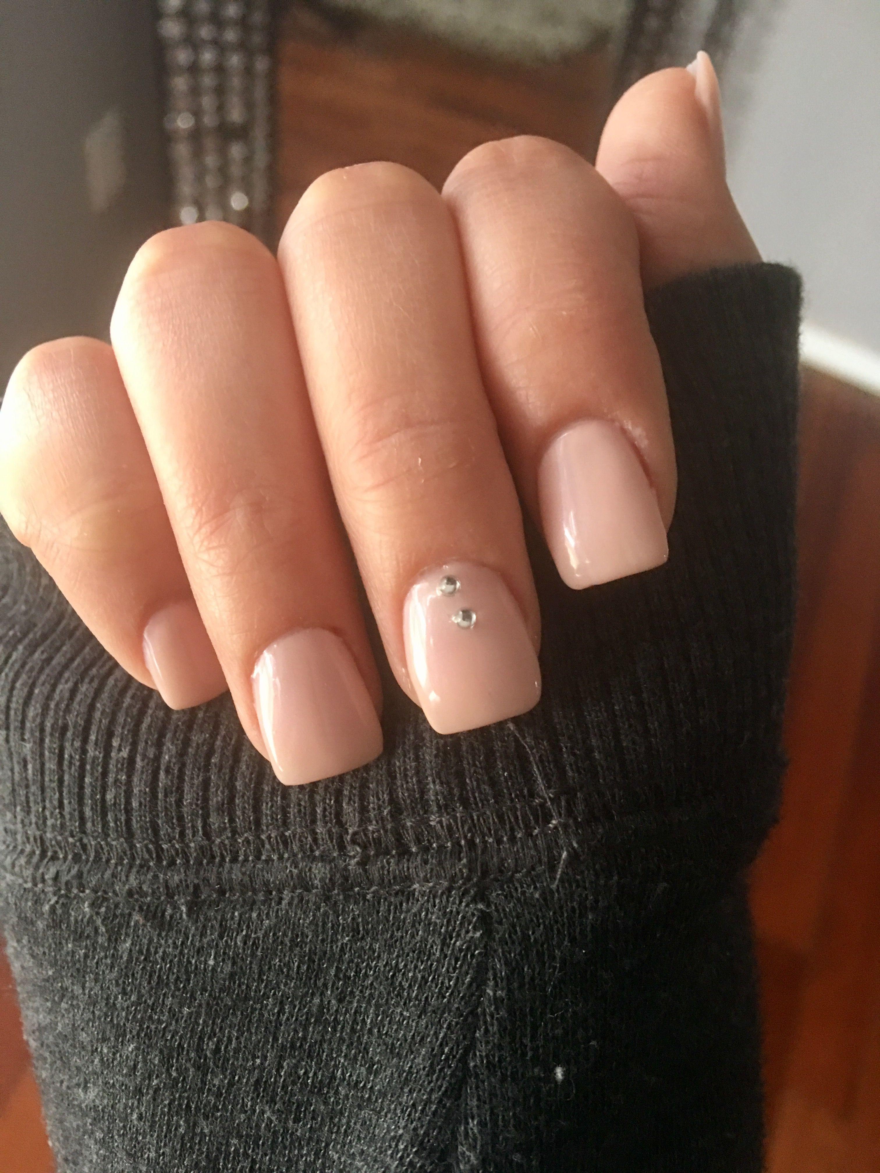 Square acrylic nails nude pink rhinestone short cute plain
