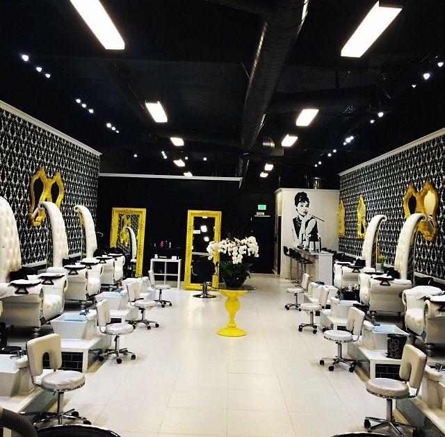 Laque Nail Bar Love This Design Blond Nail And Champagne Bar Pinterest Nail Bar Bar And
