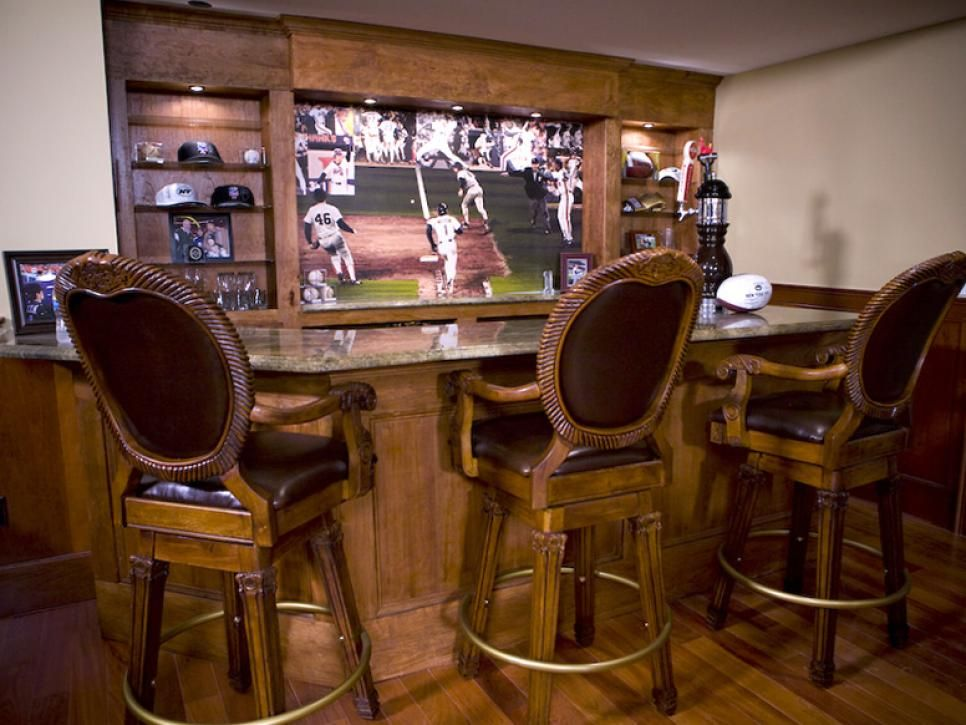 87 Home Bar Design Ideas For Basements, Bonus Rooms Or Theaters