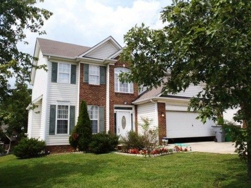 2 Story Traditional Charlotte NC 3 bedroom home for sale in