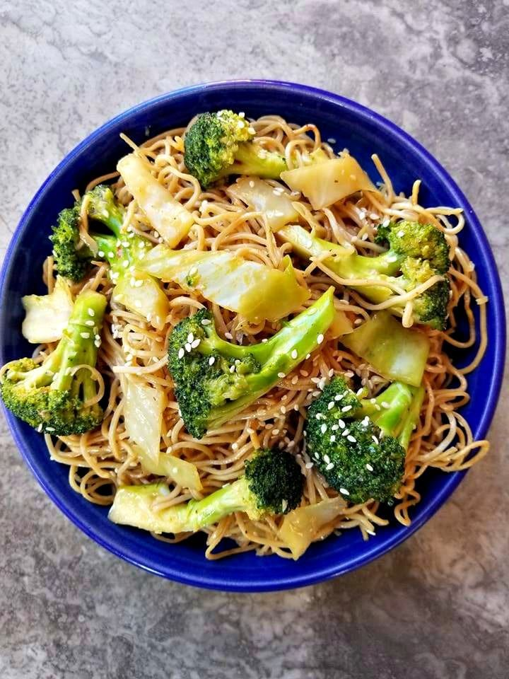 vegetable chow mein noodles  recipe  recettes in 2019
