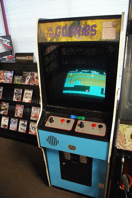 borne arcade goonies