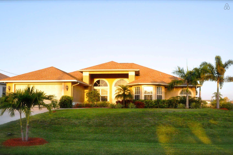 Pleasing The Villa Tortuga Florida Usa Vacation Rental In Cape Home Interior And Landscaping Spoatsignezvosmurscom