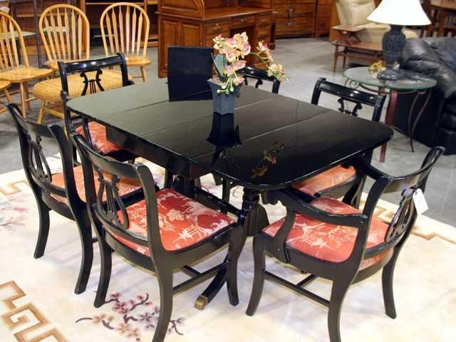 Duncan Phyfe Chairs Duncan Phyfe Dining Table Painted Black Lacquer Furniture Repur Dining Room Furniture Makeover Dining Table Makeover Kitchen Table Redo