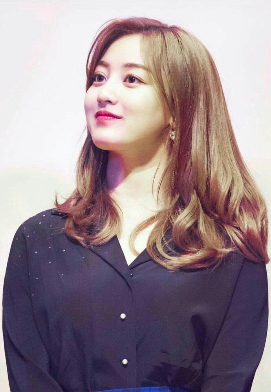 Pin By Bangtan Army On Korean Girls Korean Girl Kpop Girls Kpop Girl Groups