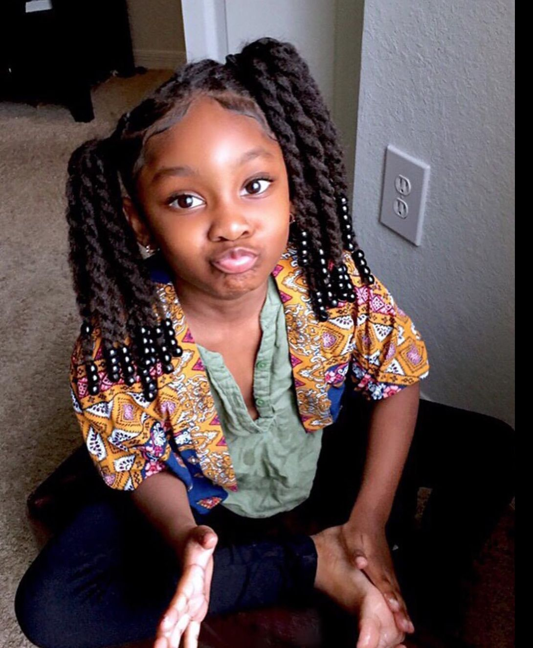 Girls protective hairstyle little girl ponytails