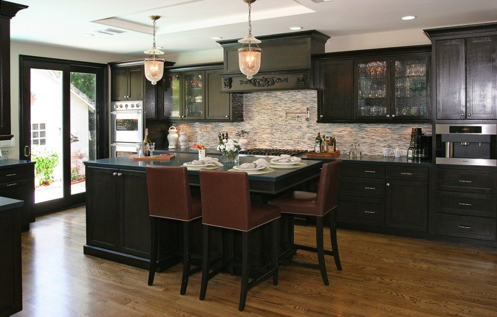 Classic Contemporary kitchen design from Y Design