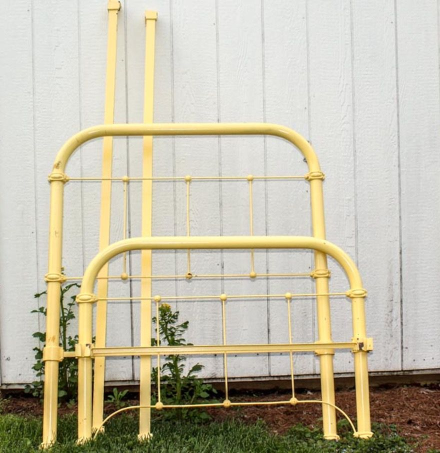 Early 20th Century Iron Twin Size Bed Frame Iron twin